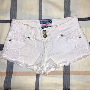   Hot Kiss   short shorts